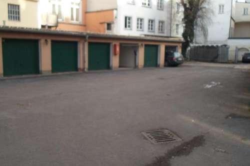 Altstadt; Hofgasse/Ecke Hahnengasse:   GARAGE ZU VERMIETEN!