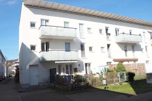 Schöne, sonnige 79 m² WNFL + 7 m² Balkon in urfahraner Ruhelage, 3 Zimmer, Parkplatz, Straßenbahnnähe!