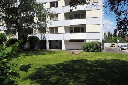 Perfekte Familienwohnung! 130 m² WNFL + Loggia, 5 Zimmer, nähe Parkbad, sanierungsbedürftig!