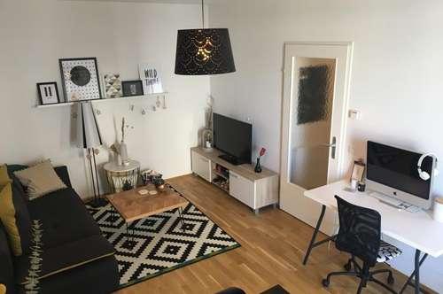 Schubertstraße, hübsche 2 Zi. Wohnung 44 m² WNFL, inkl. Küche im 3. OG, Lift, unbefristeter MV, Möbel geg. Ablöse
