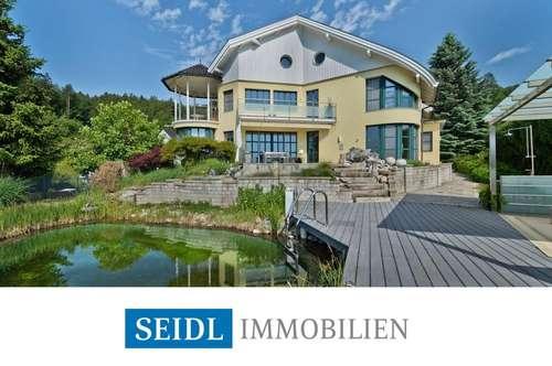 Wörthersee Nordufer-Architektenvilla in Naturlage
