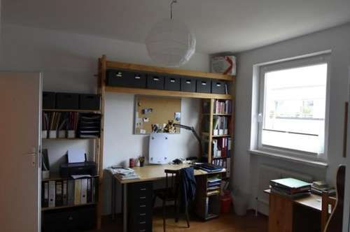 Helle Wohnung mit Bergblick in Aigen