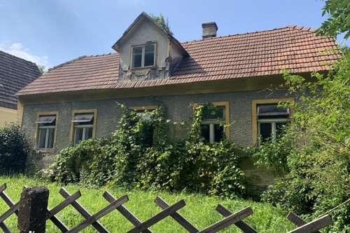 ***** V E R K A U F T ***** - Grundstück in der romantischen Wachau mit sanierungsbedürftigen Altbauhaus