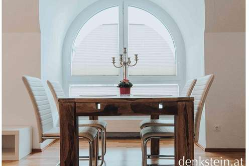 Bezaubernde großzügige 2 Zimmer Wohnung mit Dachterrasse im Zentrum Salzburg Stadt