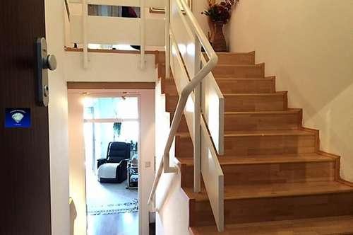 Entzückende Maisonette-Wohnung mit 2 Loggien und Garagenplatz - 013017
