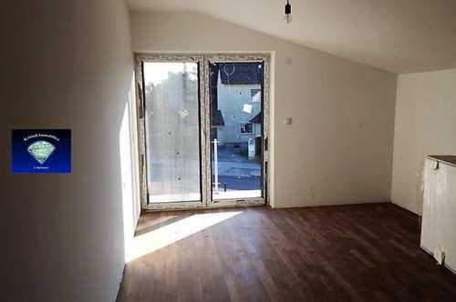 Attraktiver Neubau mit Gartenanteil - 012969