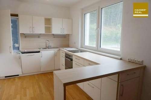 Hochwertige 3 Zi-Dachterrassen-Wohnung im 2. Liftstock