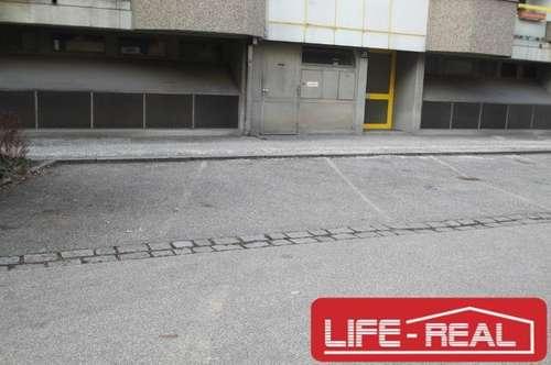 Autoabstellplatz im Freien in einer Top-Lage/Sackgasse