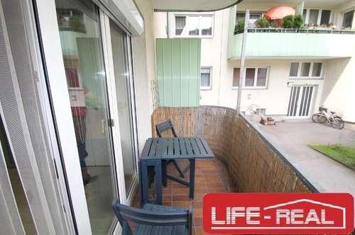 schöne Erdgeschosswohnung, in einer zentralen Lage, mit hofseitigem Balkon! - Jetzt mit VIDEOBESICHTIGUNG auf www.life-real.at