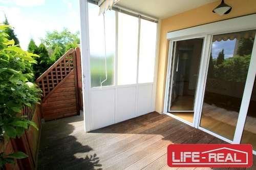Helle Erdgeschosswohnung mit Loggia und Tiefgaragenabstellplatz - Jetzt mit Videobesichtigung auf www.life-real.at