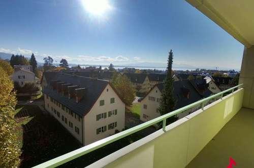 lichtdurchflutete 4-Zi-Wohnung mit Seeblick