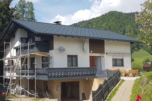 Wohnhaus für 2 Familien in abolute Ruhelage
