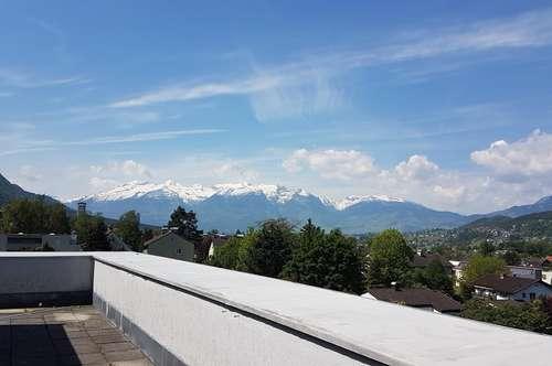 Dachterrassen-Whg. mit traumhaftem Ausblick