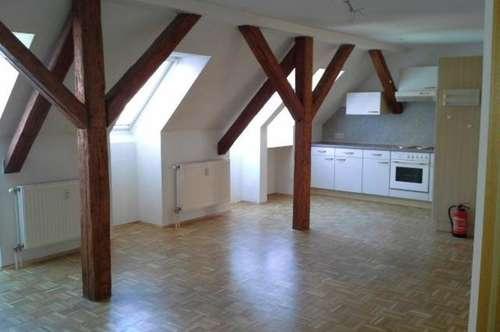 Gepflegte 2-Zimmer-Wohnung mit Küchenblock in Krieglach !