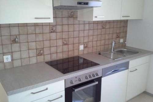 Renovierte 3-Zimmer-Dachgeschosswohnung mit Küchenblock in Thörl !