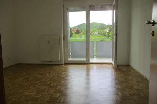 Neuwertige 3-Zimmer-Wohnung mit Balkon in Gratkorn !