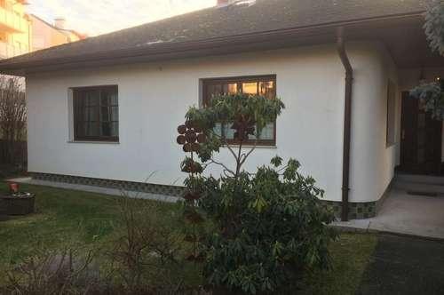 Attraktiver Landhaus-Bungalow