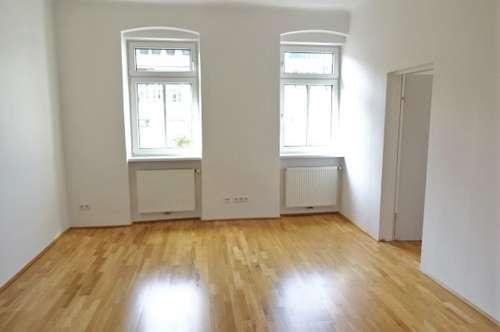 Helle & ruhige 81m² Altbauwohnung, 3 Zimmer, separate moderne Küche, unbefristet, 5 Min zur U3, schriftl. anfragen!