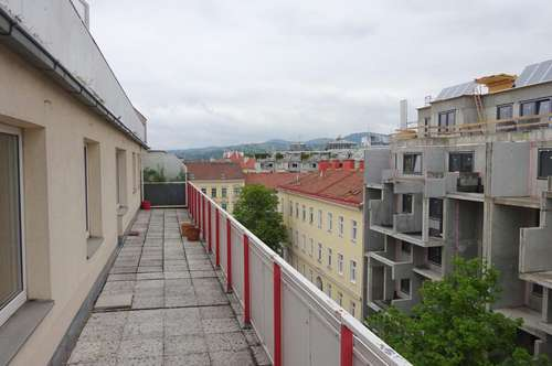 Helle und freundliche 2-Zimmerwohnung mit 31m² Terrassenfläche, 65m², nähe U6 Floridsdorf, Gemeinschaftsgarten
