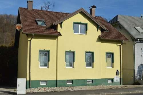 Stadthaus mit großzügigem Garten in Amstetten!