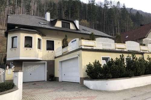 Zweifamilienhaus mit 2 Wohneinheiten