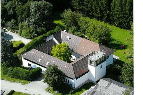 Vierkanthof/Landhaus - Wohnen und Arbeiten unter einem Dach