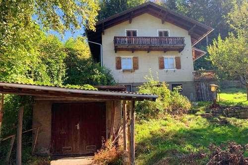 Altehrwürdiges Landhaus mit Blick auf Schloss Goldegg