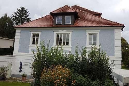 TRAUMHAFTES BAROCKHAUS + Gästehaus + Pool