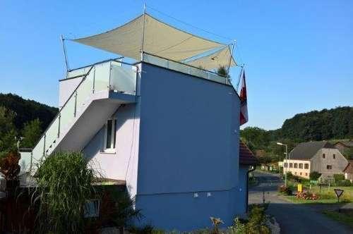 Ferienhaus im Herzen der steirischen Toskana, am Fusse von Schloss Kapfenstein! Sie werden staunen!