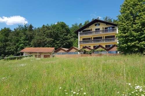 AUSSICHTSLAGE!!! Frühstückspension! Kleines Hotel! Inkl. kleinem Wald!