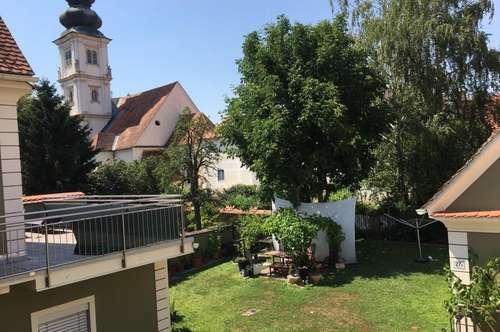 Dachgeschosswohnung - Altbau