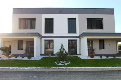 Modernes Zweifamilienhaus - Viel Platz für die Großfamilie