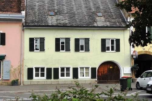 Bürgerhaus mit Grünoase im Zentrum von Mureck!