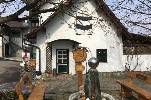 Existenz Nähe Weindorf St. Anna am Aigen