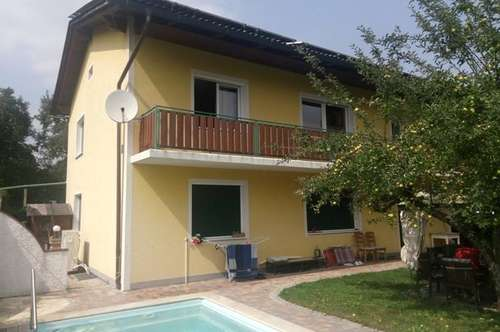 Sonniges 2-Familienwohnhaus