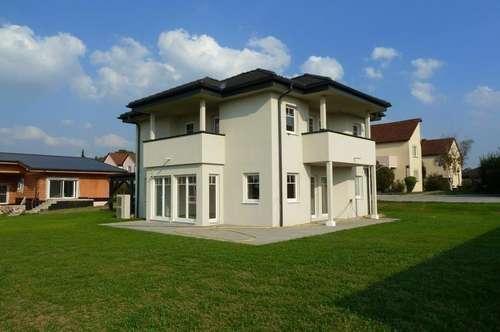 Bezugsfertiges Zenker-Haus mit Doppelcarport