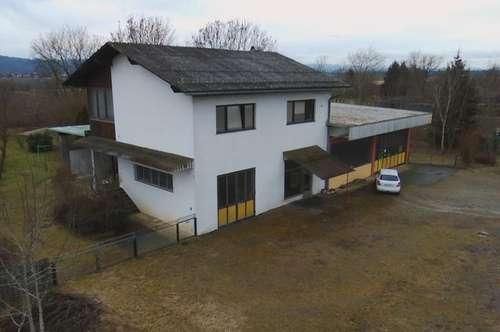 Wohnhaus mit ehemaliger Autowerkstatt
