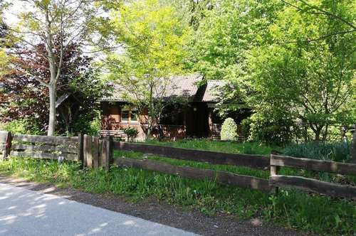 Holzriegelbau mit Potential in Ruhelage