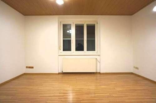 GERÄUMIGE 3-Zimmer-NEUBAU-Wohnung