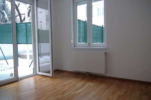 Apartment in Baden with 2 private Gardens in a quiet Area