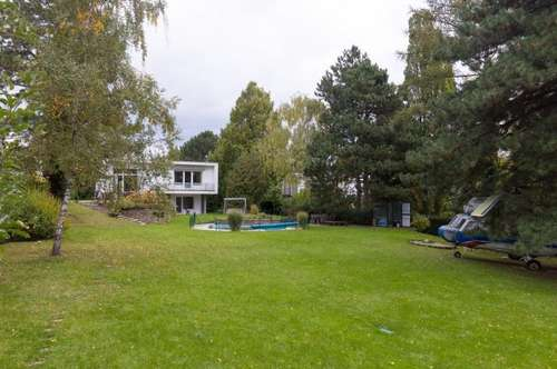 Amazing designer house with huge garden