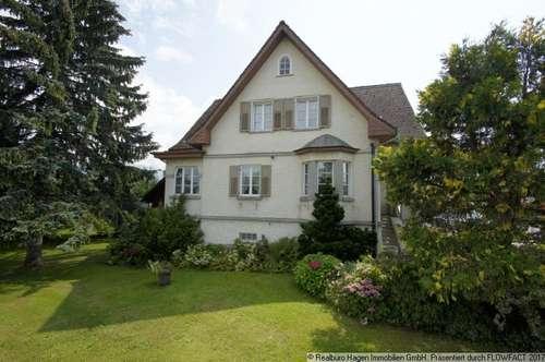 Villa - historischer Wohnsitz mit großem Grundstück!