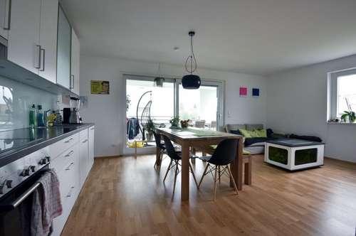 Großzügige und neuwertige 3 Zimmerwohnung in Lustenau!