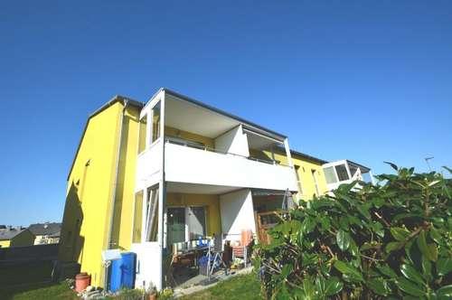 Eigentumswohnung mit großer Loggia und Einzelgarage in schöner Siedlungslage!