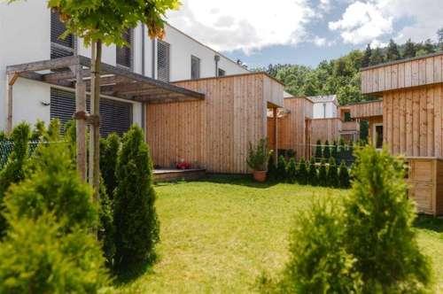 Hochwertiges Reihenhaus mit großem Garten in Wörtherseenähe