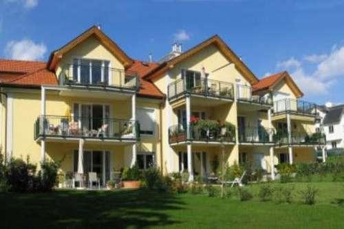 2 Zimmerwohnung mit großem Garten