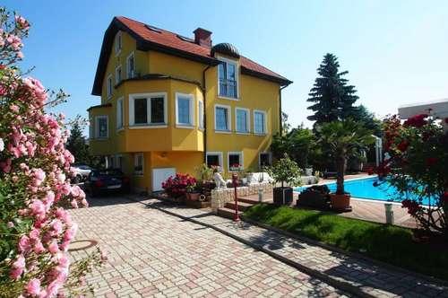 Exklusive Villa mit Pool