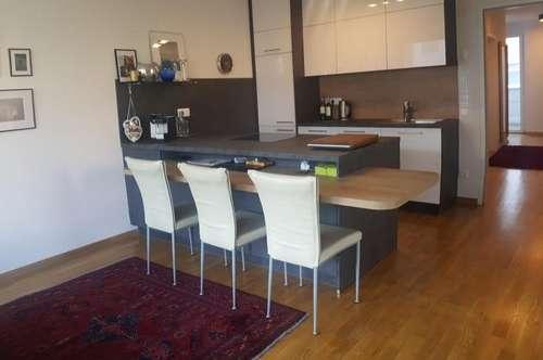 Wunderschöne, neuwertige 3-Zimmer-Wohnung mit 2 Terrassen und TG-Platz in Feschnig