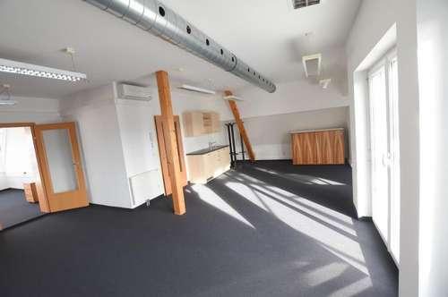 8071 Hausmannstätten: Sonniges Penthouse-Büro mit Dachterrassen