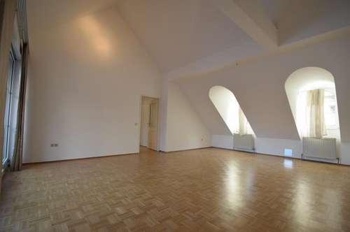 Tolle 4 Zimmer Dachterrassenwohnung + Garage / Hermanngasse- Klimaanlage vorhanden